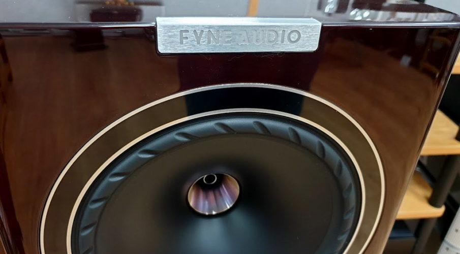 Fyne Audio F701 állványos hangsugárzó