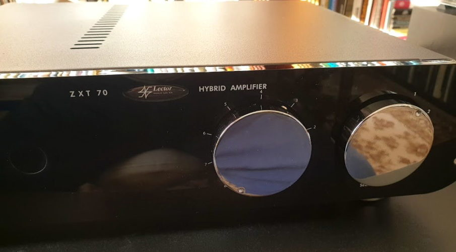 Lector Audio ZXT-70 integrált erősítő
