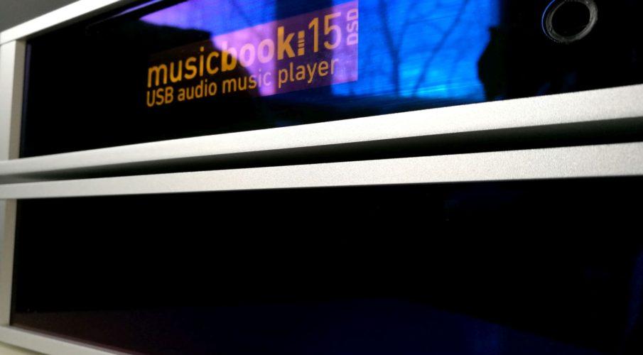 Lindemann Audio – Musicbook 15 DSD USB zene-lejátszó és Musicbook 55 végerősítő