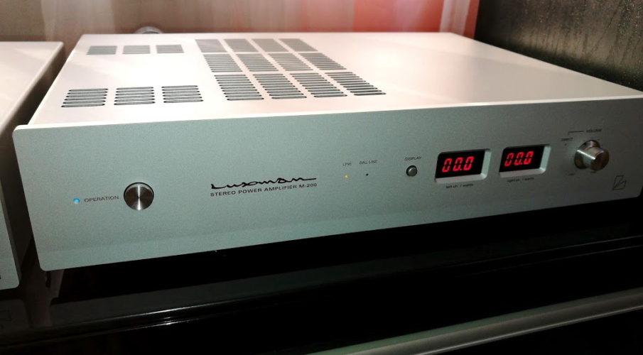 Luxman M-200 végerősítő