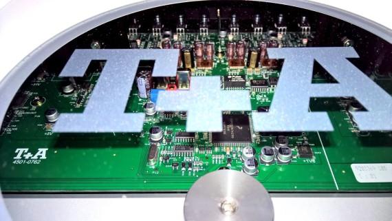 T+A MP3000HV tetőablak
