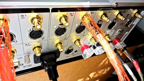 T+A PA3000HV erősítő bemenetek